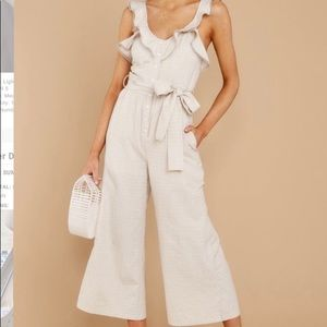Reminds me of me taupe jumpsuit
